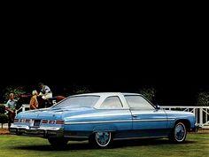 Chevrolet Caprice Classic Hardtop Sedan (1976).