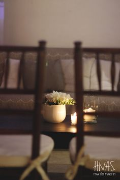 Madero Raill, Ambientación casamiento, flores, flowers, decor wedding, centro de mesa, centerpiece, sillas tiffany de madera