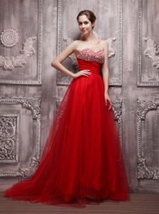 Sweetheart Evening Dresses with Brush Train and Beading in Red in Auburn