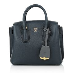 So lovely & great for business: MCM Milla Tote Mini Phantom www.fashionette.de