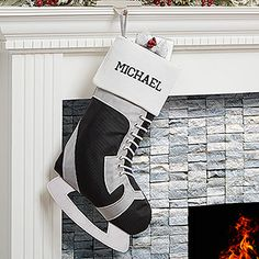 This hockey skate stocking is so perfect for hockey fans! It's a personalized Hockey Christmas Stocking - you can have it embroidered with any name! LOVE IT!