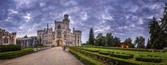 Chateau Hluboka (panorama) by Petr Kubát on 500px.
