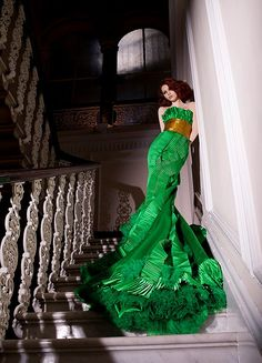 glamorous green gown! <3 it!  thecysight:    Shady ZeinEldine Haute Couture