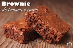 Photo about Gourmet brownies on wooden background. Image of pastry, gourmet, cake - 22330303 Chocolate Nutella, Keto Chocolate Chips, Chocolate Delight, Sugar Free Chocolate, Mint Chocolate, Brownies Cétoniques, Brownies Cacao, Homemade Brownies, Cheesecake Brownies