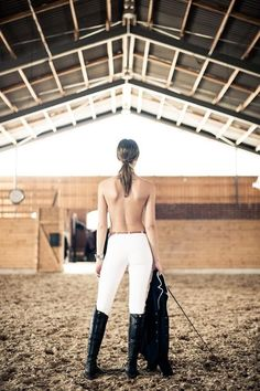 The most important role of equestrian clothing is for security Although horses can be trained they can be unforeseeable when provoked. Riders are susceptible while riding and handling horses, espec… Equestrian Girls, Equestrian Outfits, Equestrian Style, Equestrian Fashion, Riding Breeches, Riding Pants, Riding Gear, Horse Girl, Horse Riding