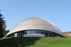 Zeiss Planetarium Bochum Es uno de los planetarios más grandes y más modernos de Alemania.