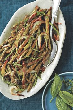 RECIPE: Carla Hall's Roasted Green Beans with Basil http://greatideas.people.com/2014/12/17/carla-hall-roasted-green-beans-recipe/