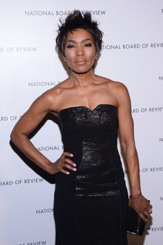 American Horror Story Coven - Marie Laveau had a hard day ...  |Angela Bassett American Horror Story Hair