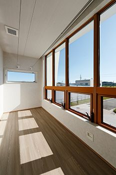 [New] The 10 Best Interior Designs (in the World) Japanese Interior Design, Best Interior Design, Interior And Exterior, Natural Interior, Apartment Interior Design, Japanese House, Kitchen On A Budget, Home Reno, Minimalist Home