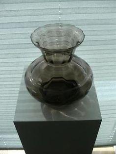 2 st. heel mooie en gave Art Deco vazen van Booms glas