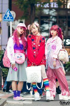 Kawaii Pink Harajuku Vintage & Handmade Street Styles w/ Kinji, Southpaw Cathy, Kilo Shop, Tokyo Bopper, Punyus & Kobinai Japan Street Fashion, Korean Street Fashion, Tokyo Fashion, Harajuku Fashion, Kawaii Fashion, Fashion Outfits, Grunge Outfits, Fashion Ideas, Asian Street Style