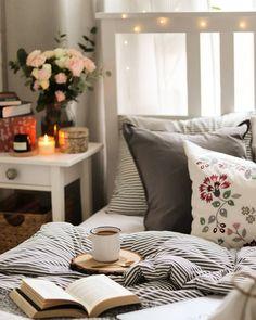 Poszewki Hygge, Throw Pillows, Bed, Instagram, Toss Pillows, Cushions, Stream Bed, Decorative Pillows, Beds