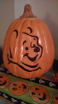 Free disney winnie the pooh tigger and eeyore pumpkin for Winnie the pooh pumpkin carving templates
