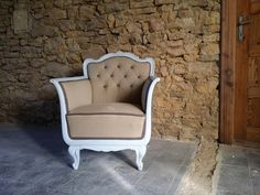 vintage stílusú fotel Vintage Shabby Chic, Wabi Sabi, Rustic Furniture, Vintage Designs, Accent Chairs, Armchair, Projects To Try, Sweet Home, Retro