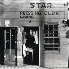 Walker Evans, Star Pressing Club, Vicksburg, Mississippi, 1936