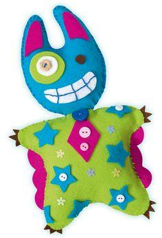 Little Monster Friends aus Filz mit ausführlicher Bastelanleitung. Mehr unter http://www.folia.de/epaper/folia_hauptkatalog_2013_2014/catalog_4267386/index-sd.html#/166