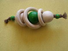 Hochet pour bébé en bois d'inspiration Montessori 3