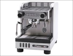 La Cimbali Junior Casa Espresso Machine with Pre-infusion Commercial Espresso Machine, Best Espresso Machine, Cappuccino Machine, Home Engineering, Italian Coffee, Heat Exchanger, Small Cafe, Best Coffee, Coffee Maker