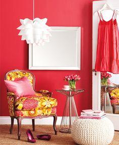 Coral Walls = Happy Room