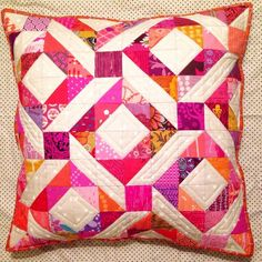Half Square Triangle Pillow Round Up