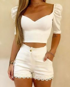 ivrose / White V Neck Crop Tops And Shorts Crop Top Und Shorts, Crop Top Outfits, Cute Casual Outfits, Summer Outfits, White Shorts, White Crop Top Outfit, Trend Fashion, Womens Fashion, Style Fashion