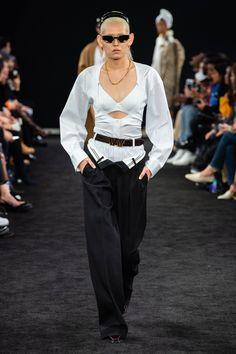Alexander Wang New York Fashion Week Printemps Été 2019 High Street Fashion, Street Style, Fashion Week, New York Fashion, Runway Fashion, Alexander Wang, Women's Dresses, New Yorker Mode, Vogue Russia
