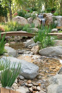 Pond Landscaping Ideas 9 Amazing Tricks for Your Waterfall Landscaping - Waterfall Landscaping Using Rain Garden Design, Pond Design, Backyard Garden Design, Ponds Backyard, Garden Landscape Design, Backyard Waterfalls, Garden Ponds, Backyard Stream, Garden Fountains