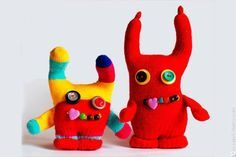 """Because there is no """"Perfect when it comes to monster dolls, these Plush Monster Softies to Make are great beginner projects to sew. Sock Monster, Monster Dolls, Monster Gloves, Softies, Plushies, Felt Finger Puppets, Polymer Clay Kawaii, Little Pet Shop Toys, Softie Pattern"""