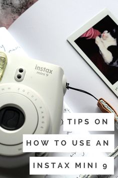 Camera Polaroid - Shooting Great Photos Is Just A Few Tips Away Polaroid Instax Mini, Poloroid Camera, Fuji Instax Mini, Instax Camera, Fujifilm Instax Mini, Instax Tips, Instax Mini Ideas, Camera Aesthetic, Dslr Photography Tips