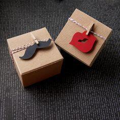Items similar to 18 Mustache & Lips Favor Box Kit . Kraft Pinstripe Gift Box on Etsy Creative Gift Wrapping, Present Wrapping, Creative Gifts, Wrapping Ideas, Creative Cards, Diy Gift Box, Diy Gifts, Handmade Gifts, Gift Box Birthday