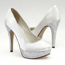 White casual shoes:)