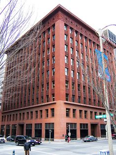Louis Sullivan's Wainwright Building (1901) St. Louis, Missouri