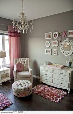 Cute with more modern furniture #Interior #Decor #Ideas