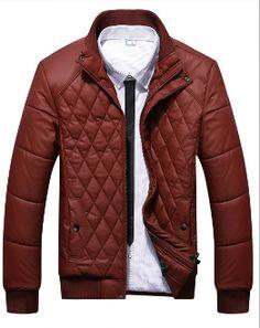 los acolchados fueron la gran tendencia entre las chaquetas de moda para el hombre pero parece que ahora vuelven con fuerza.