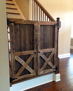 Double tap if you like these doors!!! #pallet #palletdesign #homedecor #palletwoodideas #home #house #handmade #homedecor #homedecorating #pallettable #rustic #rusticdecor #diyblogu #endtable #patio #bebold #love #instagood #cute #follow #beautiful #doors #barn #country