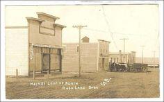 RP: Main Street(dirt) looking North , RUSH LAKE , Saskatchewan , Canada , 00-10s Item# SCVIEW139353 (149292408)