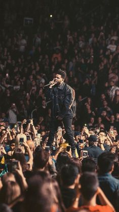 The Weeknd Wallpaper Iphone, Music Wallpaper, Starboy The Weeknd, House Of Balloons, Abel The Weeknd, Abel Makkonen, Insta Story, Aesthetic Pictures, Music Artists