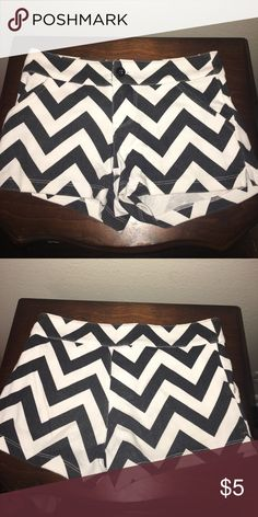Black and White chevron shorts These shorts are 60% cotton and 40% polyester so they are very soft, comfortable, and stretchy! The brand is called Red Camel for girls! They are a size small. They were lightly worn and have no holes or stains! They fit like a kids medium. Red Camel Bottoms Shorts