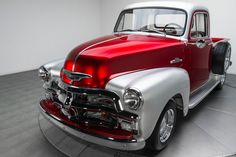 Classic Pickup Trucks, Chevy Pickup Trucks, Gmc Trucks, Cool Trucks, Classic Tractor, Custom Trucks, Custom Cars, Custom Painted Cars, Candy Paint Cars