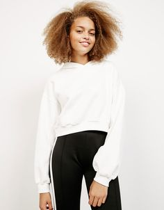 9afabafa8384 Sweat-shirt tissu éponge cropped à capuche - Sweat-shirts - Bershka France