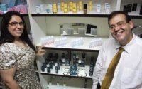 """Evangélicos lançam produtos eróticos e oferecem """"vibrador líquido"""" e gel """"reparador"""" da virgindade"""