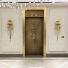 Lift doors in Hotel de Paris, Monaco by Steaven Richard Design Entrée, Door Design, Home Entrance Decor, House Entrance, Hotel Crillon, Elevator Lobby Design, Hotel France, Art Deco Door, Dressing Room Design