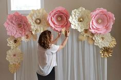 Printed copy paper flower template # DIY paper flower backdrop, wedding, nursery – Famous Last Words Large Paper Flower Template, Large Paper Flowers, Paper Flower Tutorial, Giant Paper Flowers, Diy Flowers, Flower Diy, Baby Shower Decorations, Wedding Decorations, Deco Floral
