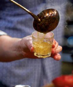 Wer behauptet, Cidre müsste kalt getrunken werden, sollte mal diesen Glüh-Cidre probieren.