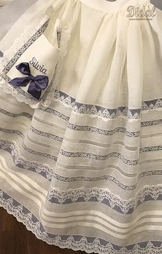 FE Victorian Era Dresses, Victorian Lace, Little Girl Dresses, Girls Dresses, Old School Fashion, Mori Fashion, Hoop Skirt, Heirloom Sewing, Baby Sewing