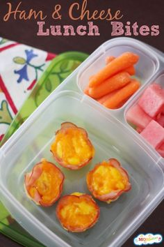 Ham and Cheese Lunch Bites from Momables.com I just made these for my kids lunch and of course had to taste test first! Yum!! And so easy! Healthy School Lunches, Healthy Snacks, Healthy Recipes, School Snacks, Detox Recipes, Clean Recipes, Bite Size Breakfast, Easy Lunch Boxes, Lunch Ideas