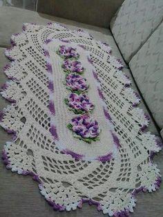 best Ideas for crochet mandala rug free pattern projects Crochet Mandala Pattern, Crochet Art, Thread Crochet, Filet Crochet, Crochet Doilies, Knitting Patterns, Crochet Patterns, Crochet Table Runner, Crochet Home Decor