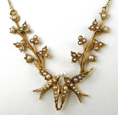 Edwardian necklace. I absolutely live this!