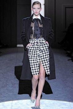 http://www.vogue.co.uk/fashion/autumn-winter-2011/ready-to-wear/salvatore-ferragamo/full-length-photos/gallery/597631