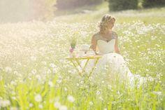 Classic Wedding Invitations - Outdoor Weddings: A Photo Shoot with Classic Wedding Invitation